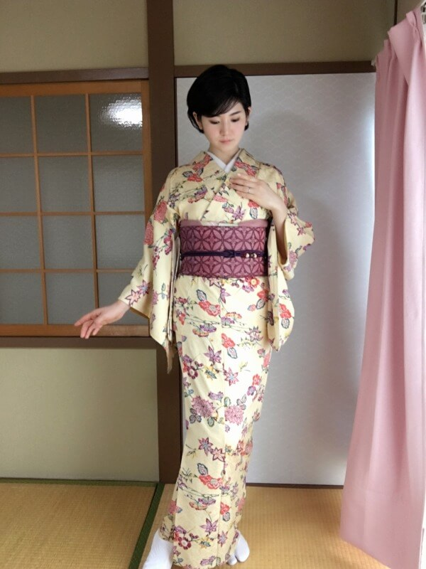 染め小紋に、七宝文の織の京袋帯の写真